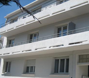 Escriva Peinture entreprise de peintre en bâtiment à Narbonne. Residential painting. Peinture façade immeuble, appartement